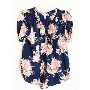 Joie flowery top. Small. Perfect condition.
